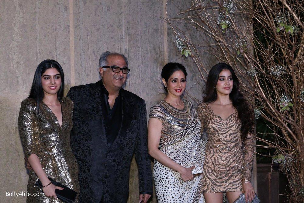 Manish-Malhotras-birthday-celebrations-54.jpg