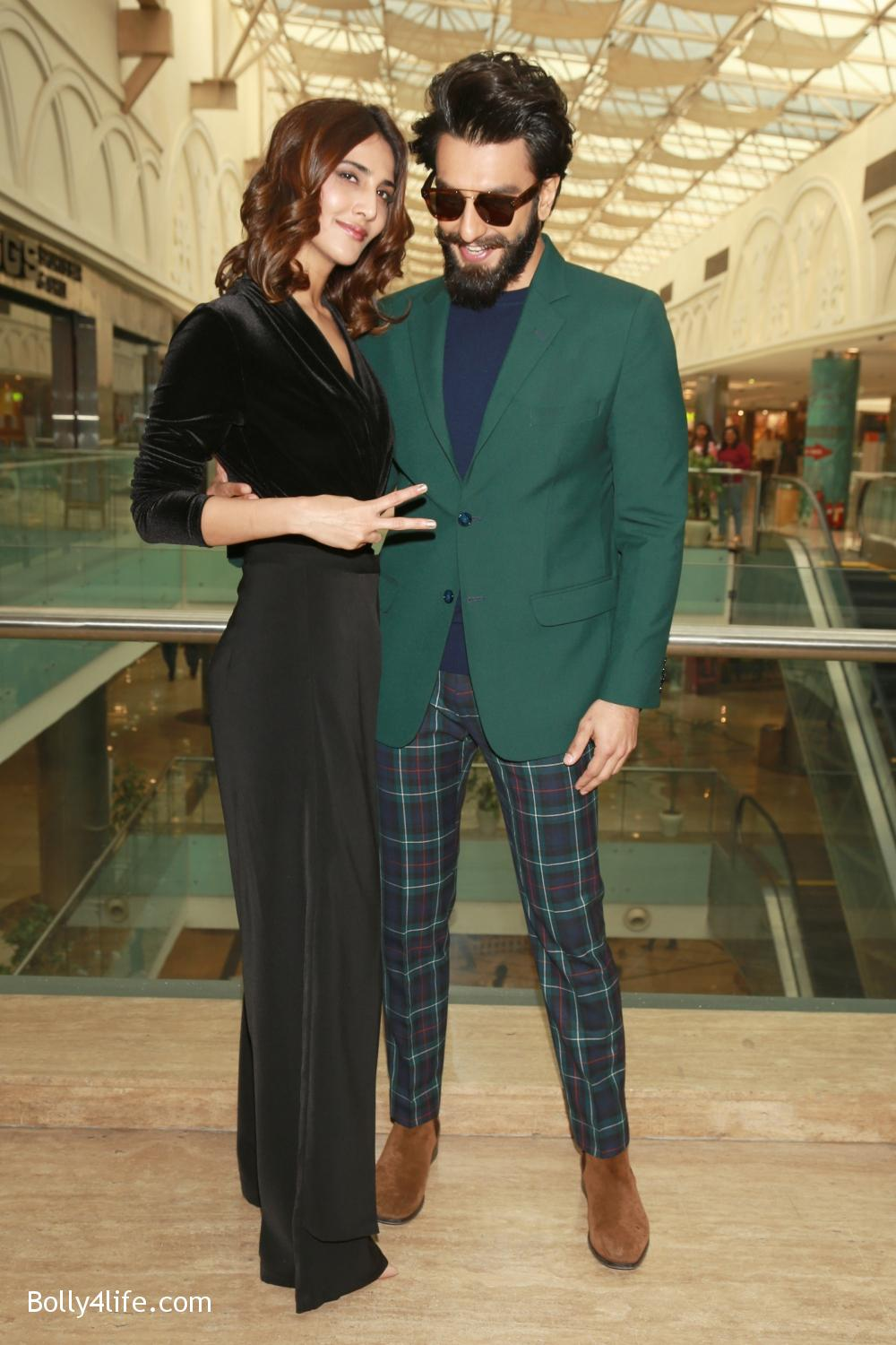 Ranveer-Singh-and-Vaani-Kapoor-during-the-promotion-of-their-upcoming-film-Befikre-5.jpg