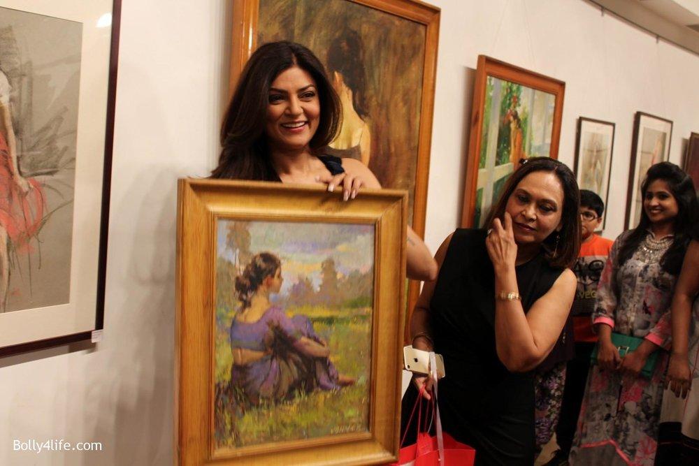 Sushmita-Sen-inaugurates-art-show-Masterstrokes-12.jpg