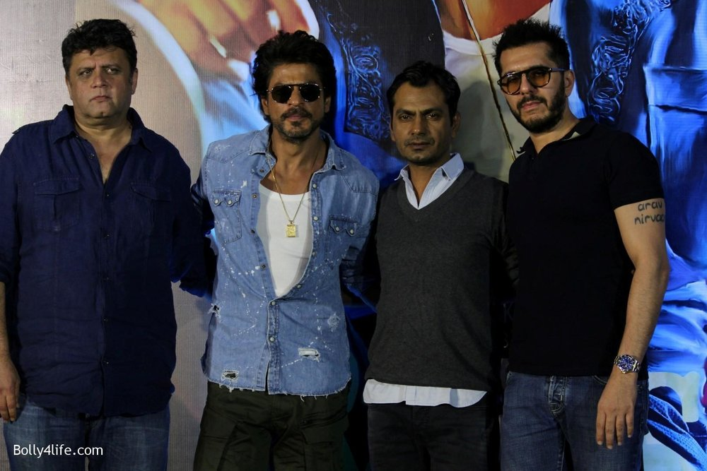 Trailer-launch-of-film-Raees-6.jpg