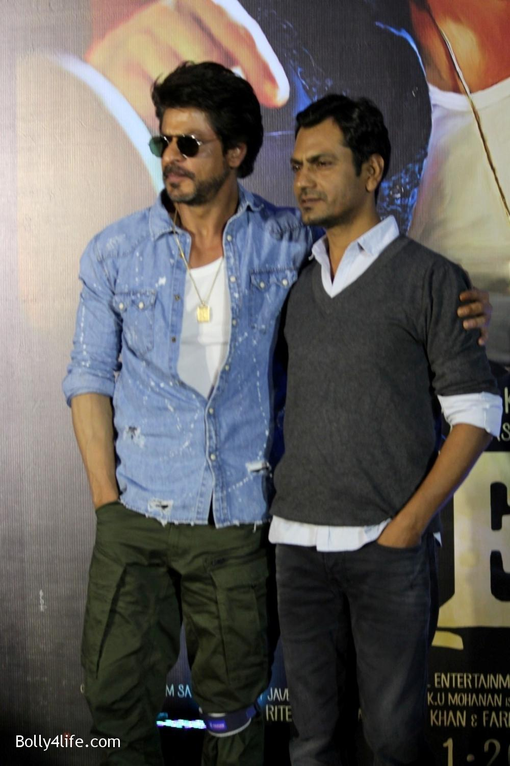 Trailer-launch-of-film-Raees-7.jpg