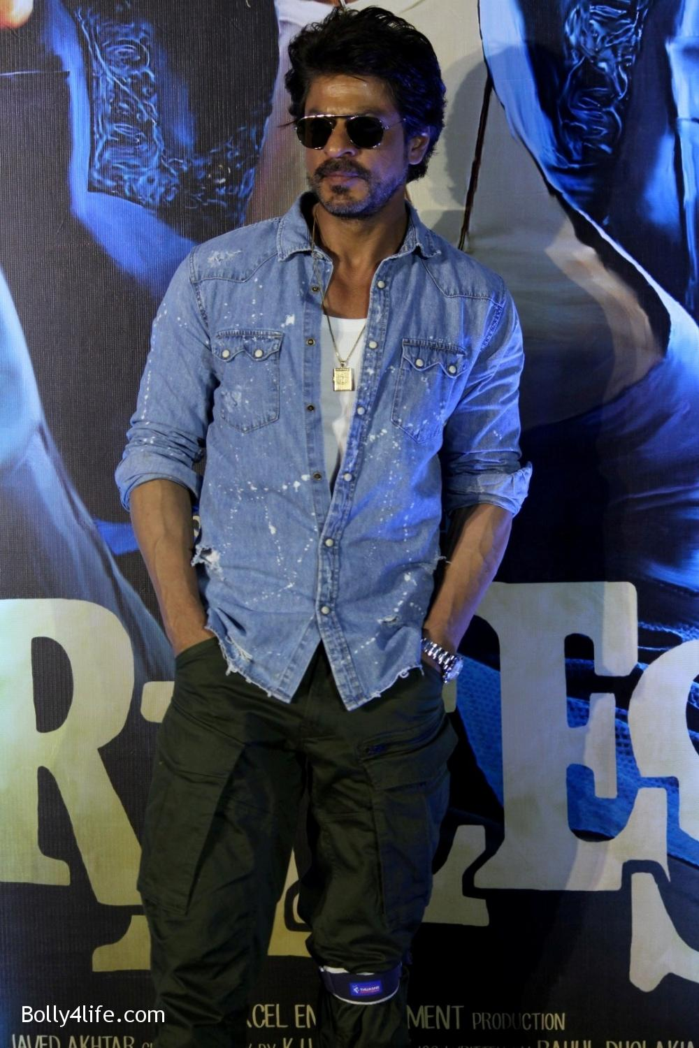 Trailer-launch-of-film-Raees-14.jpg