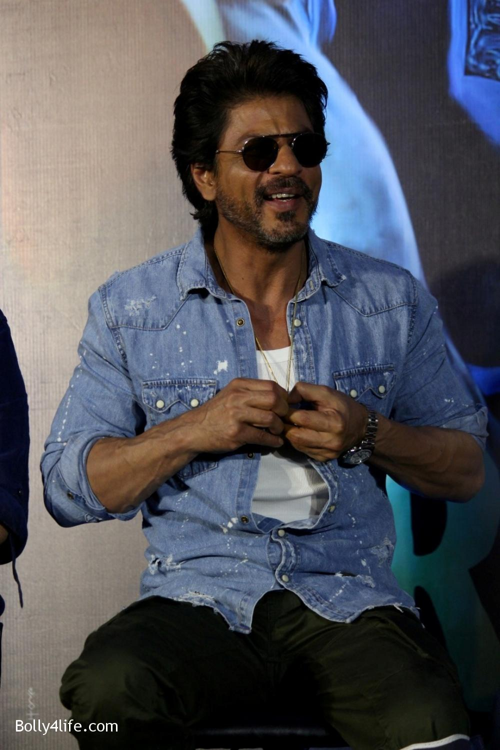 Trailer-launch-of-film-Raees-15.jpg