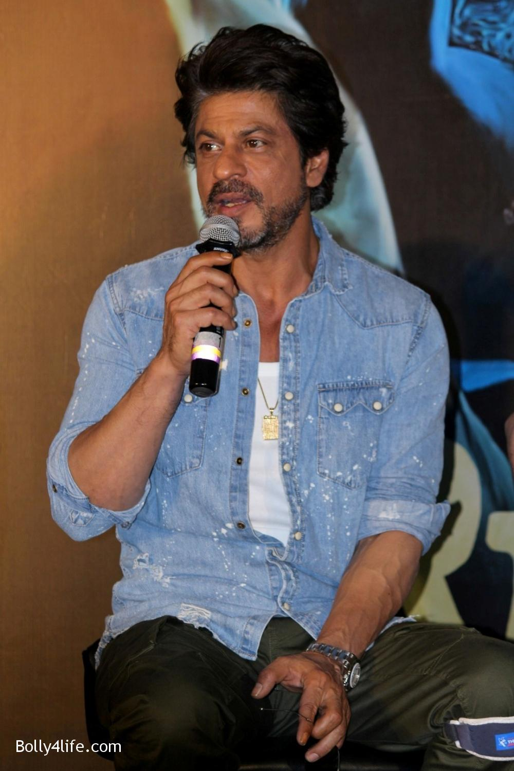 Trailer-launch-of-film-Raees-20.jpg