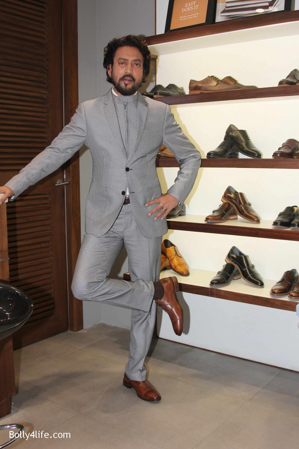 Irrfan-Khan-visits-Johnston-Murphy-store-6.jpg