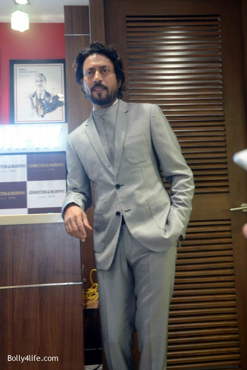 Irrfan-Khan-visits-Johnston-Murphy-store-9.jpg