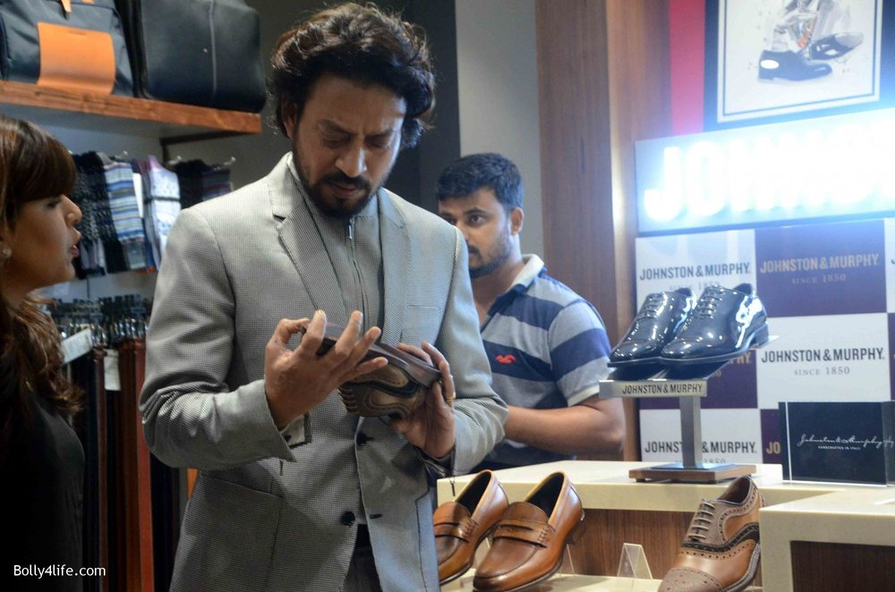 Irrfan-Khan-visits-Johnston-Murphy-store-10.jpg