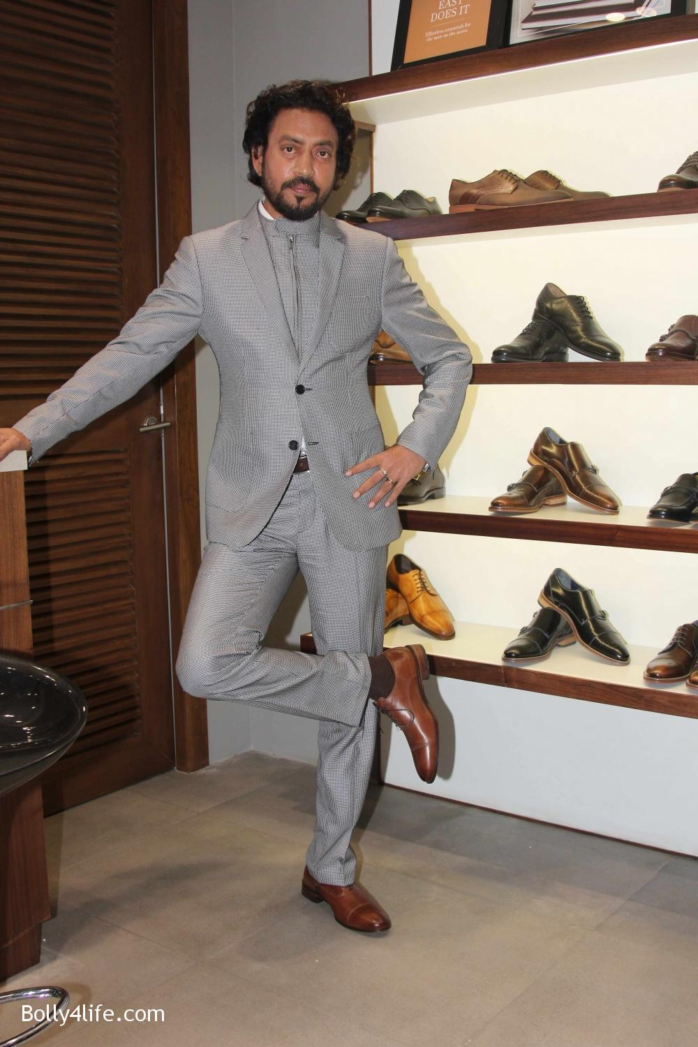 Irrfan-Khan-visits-Johnston-Murphy-store-18.jpg
