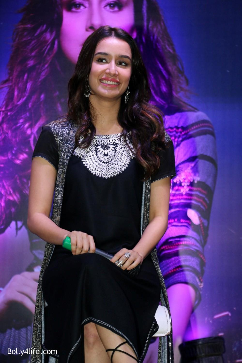 Shraddha-Kapoor-during-the-Enthnic-Wear-store-launch-4.jpg