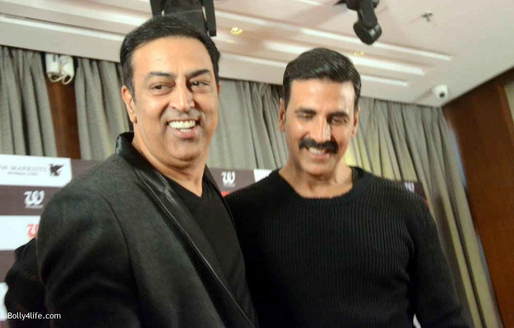 Akshay-Kumar-launches-book-Deedara-10.jpg