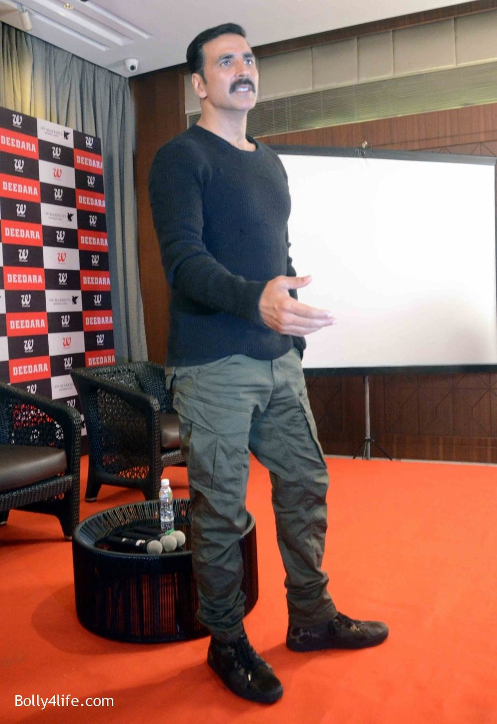 Akshay-Kumar-launches-book-Deedara-13.jpg
