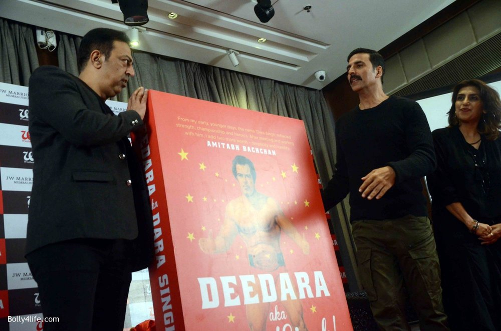Akshay-Kumar-launches-book-Deedara-15.jpg