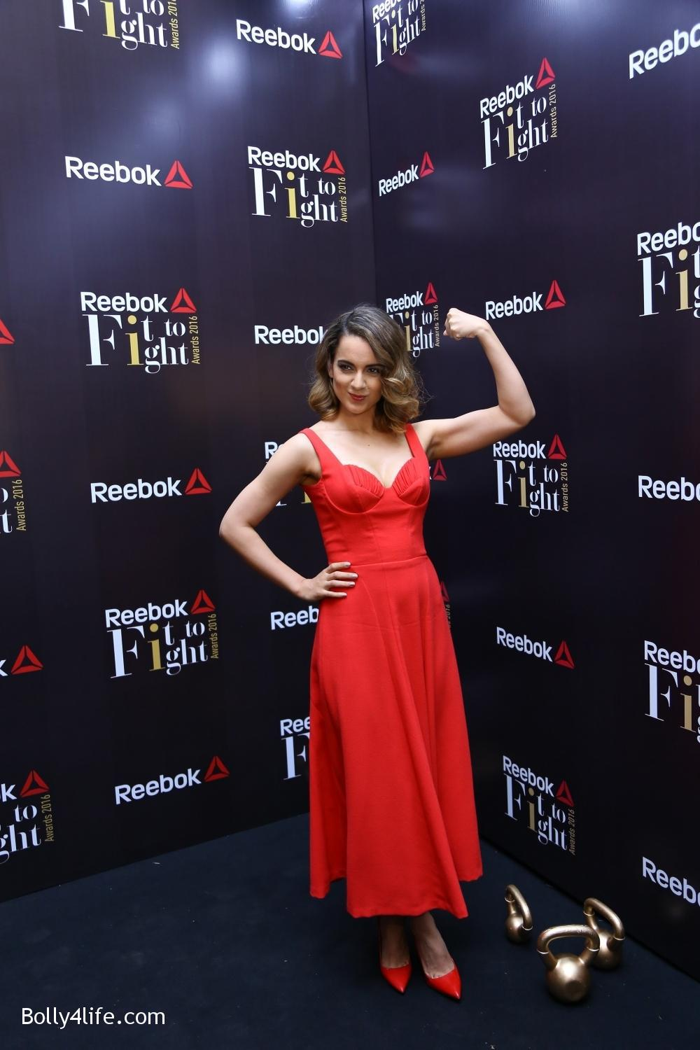Kangana-Ranaut-at-the-Reeboks-first-FITTOFIGHT-Awards-event-4.jpg