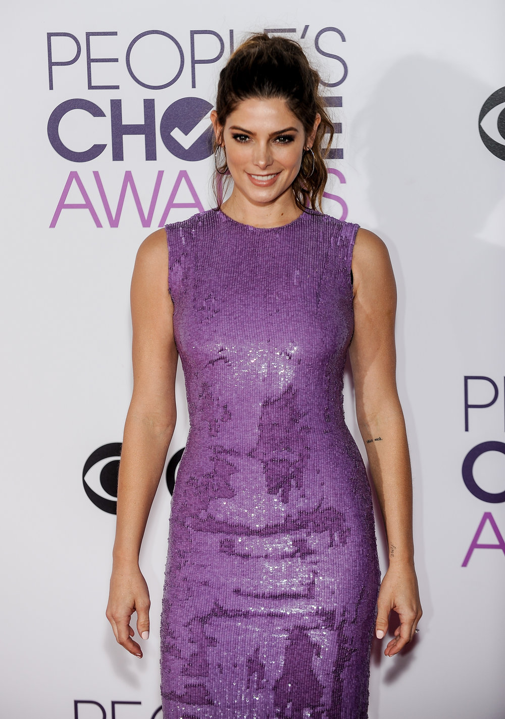 (170119) -- LOS ANGELES, Jan. 19, 2017 (Xinhua) -- Ashley Greene arrives for the People's Choice Awards at the Microsoft Theater in Los Angeles, the United States, Jan. 18, 2017. (Xinhua/Zhang Chaoqun) (djj)