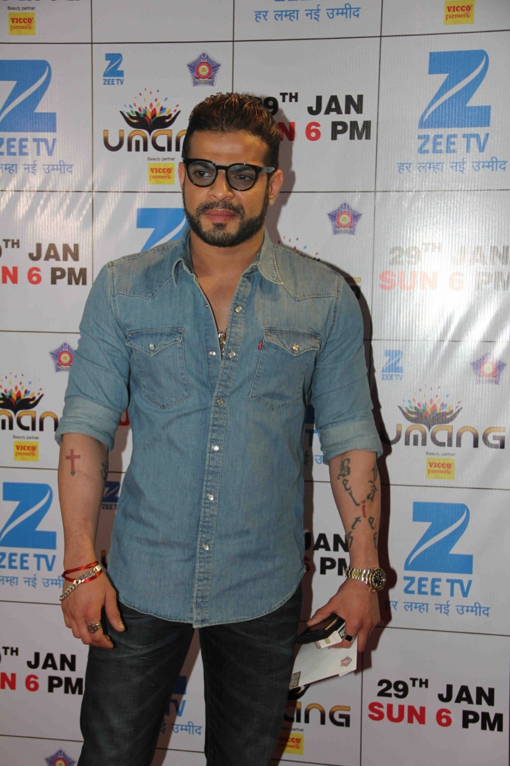 Mumbai: Actor Karan Kundrra during the Umang Mumbai Police Show 2017 in Mumbai on Jan 22, 2017. (Photo: IANS)