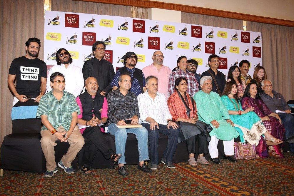 Mumbai: Actor Ayushmann Khurrana and script writer Javed Akhtar during Radio Mirchi Music Awards in Mumbai on Jan 24, 2016. (Photo: IANS)