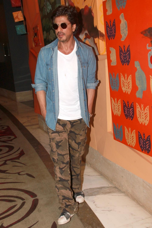 Gurgaon: Actor Shah Rukh Khan at a Gurgaon hotel on Jan 25, 2017. (Photo: Amlan Paliwal/IANS)