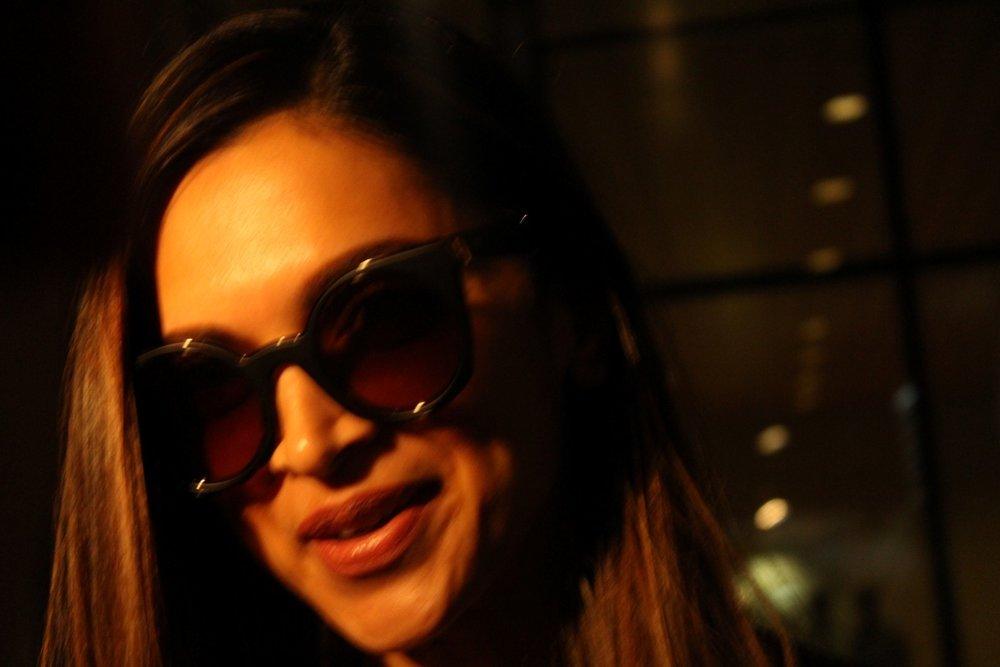 Mumbai: Actress Deepika Padukone return back in Mumbai. (Photo: IANS)