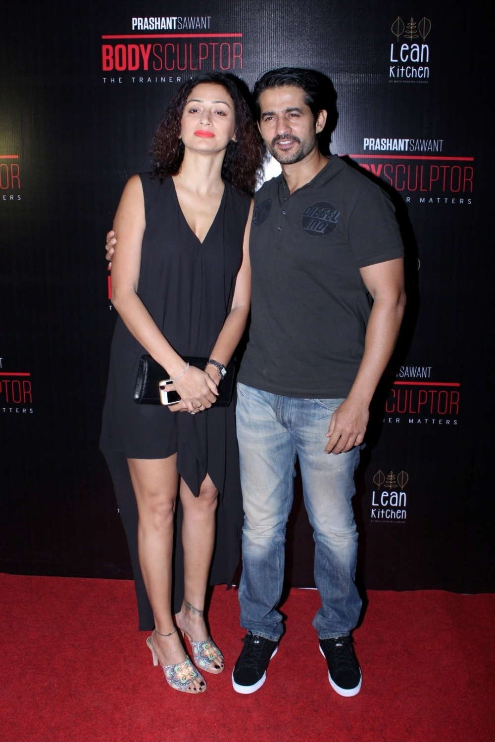 Mumbai: Actor Hiten Tejwani along with his wife Gauri during the launch party of Body Sculptor Gym in Mumbai on Jan 28, 2017. (Photo: IANS)