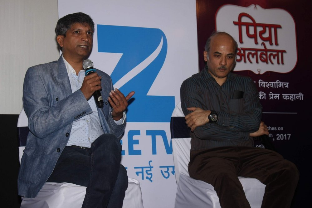 "Mumbai: Filmmaker Sooraj Barjatya and Deepak Rajadhyaksha, Deputy Business Head, Zee TV during the teaser launch of Sooraj Barjatya show ""Piyaa Albela"" on Zee TV in Mumbai, on Jan 30, 2017. (Photo: IANS)"