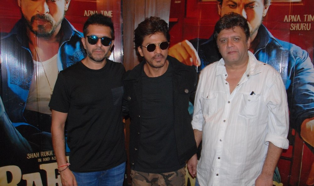 """Amritsar: Actor Shah Rukh Khan with filmmaker Rahul Dholakia and Producer Ritesh Sidhwani during a programme organised to promote """"Raees"""" in Amritsar on Jan 31, 2017. (Photo: IANS)"""