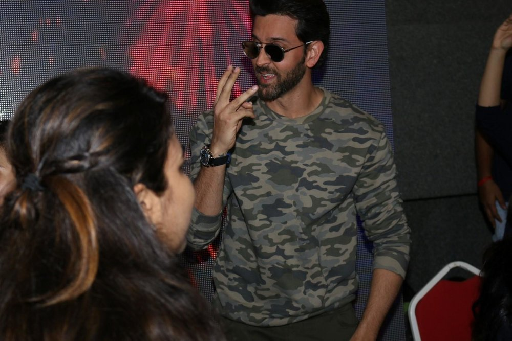 Mumbai:  Actor Hrithik Roshan at Mithibhai College Festival  in Mumbai on Jan 31, 2017 (Photo: IANS)