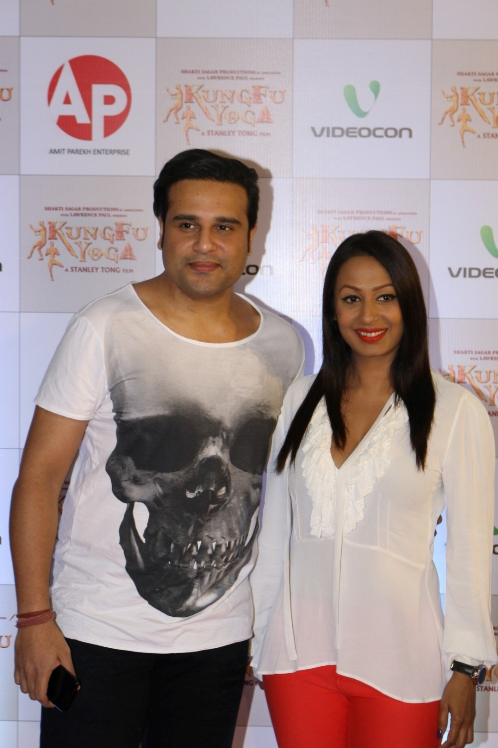 Mumbai: Actor Krishna Abhishek with his wife and actor Kashmira Shah during the screening of film Kung Fu Yoga in Mumbai on Feb 2, 2017. (Photo: IANS)