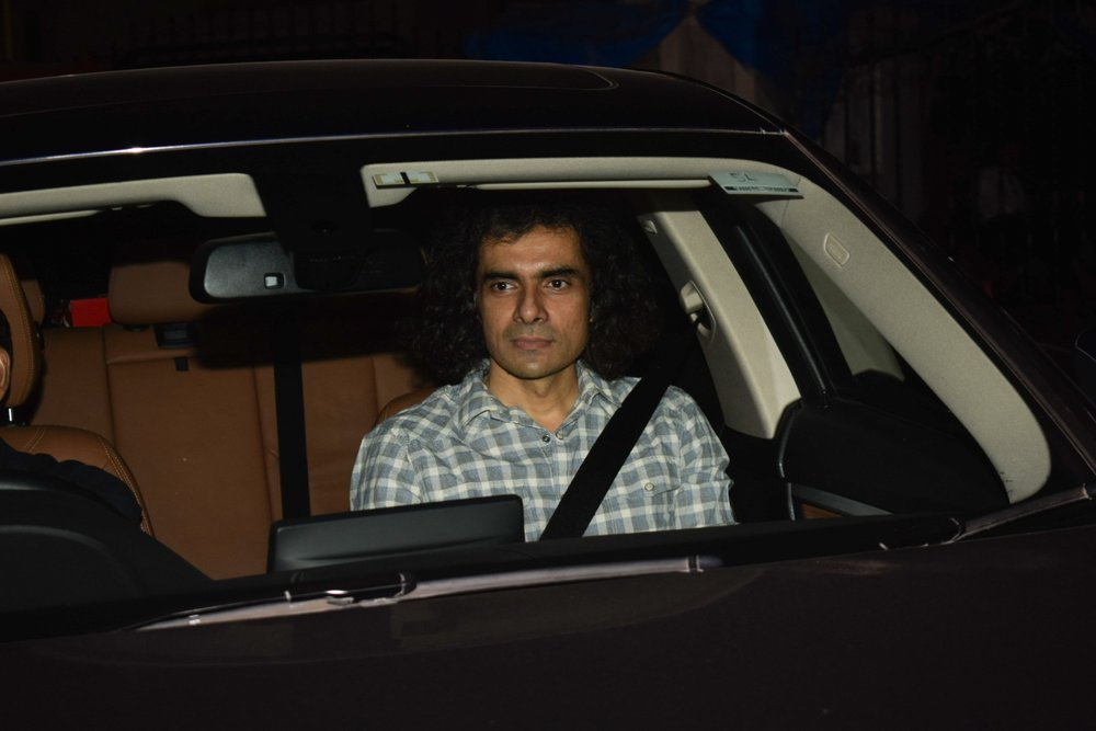 """Mumbai: Filmmaker Imtiaz Ali arrives at the special screening of film """"Padmaavat"""" in Mumbai on Jan 25, 2018. (Photo: IANS)"""