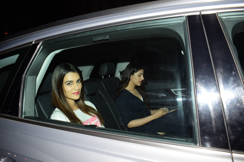 "Mumbai: Kriti Sanon arrives at the special screening of film ""Padmaavat"" in Mumbai on Jan 25, 2018. (Photo: IANS)"