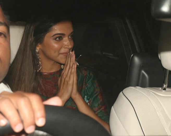 "Mumbai: Actress Deepika Padukone during the special screening of film ""Padmaavat"" in Mumbai on Jan 25, 2018. (Photo: IANS)"