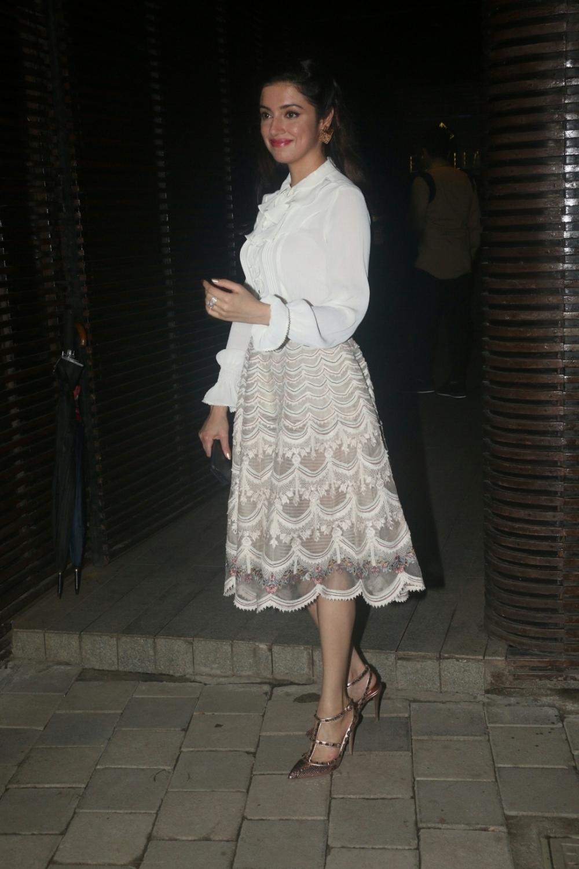 Mumbai: Actress-director Divya Khosla Kumar at director Anand L Rai's birthday celebration in Mumbai on June 27, 2018. (Photo: IANS)