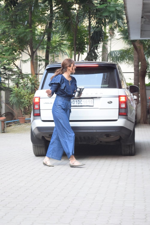 Mumbai: Actress Anushka Sharma seen at filmmaker Anand L. Rai's office in Mumbai on Oct 3, 2018.  (Photo: IANS)