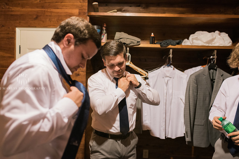 J+A_GettingReady_Wedding2017(174of400).JPG