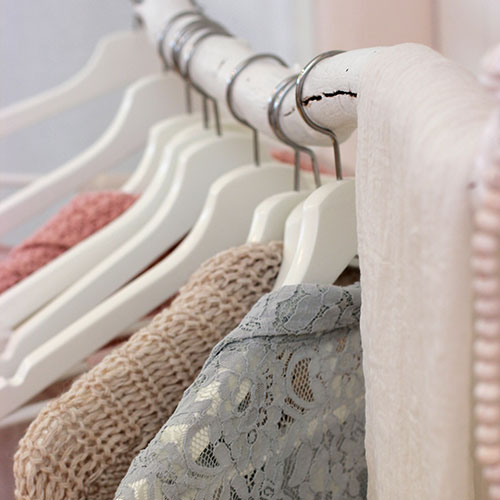 Linen Closet Declutter - With simple step-by-step solutions: like sorting and culling, careful coordination and planning, you will create a linen closet that makes home-keeping a breeze.$78
