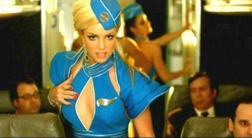 """Britney, você estava morrendo por dentro no clipe de """"Toxic"""". A gente sabe"""