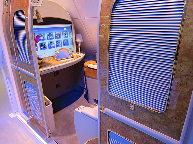 Cabine individual na first class do A380 da Emirates