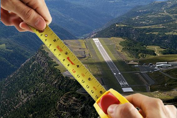 O Aeroporto Regional de Telluride (Colorado, EUA) pode estar a 2.767m do mar e dar num precipício, mas até que não é dos mais curtos: tem 2.106m de comprimento