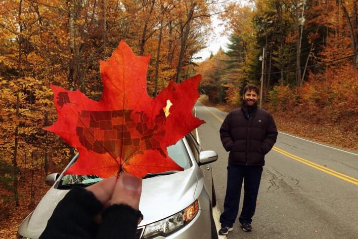 """As folhas do outono são lindas, mas não vêm com o mapa dos EUA. A chamada """"Nova Inglaterra"""" compreende alguns estados americanos ao norte de Nova York — alguns deles fazem fronteira com o Canadá"""