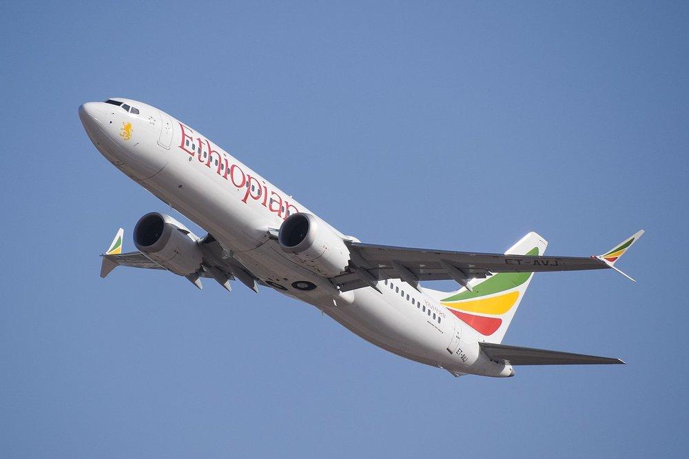 O Boeing 737 MAX 8 da Ethiopian Airlines — o modelo da foto é exatamente o que caiu (Fonte:  LLBG Spotter )