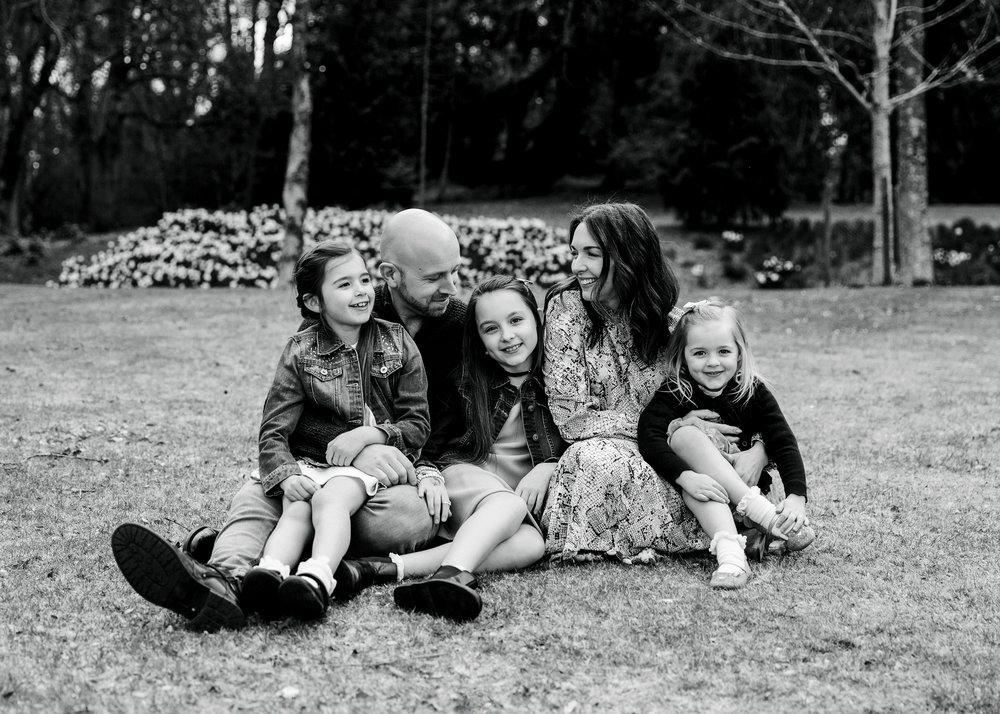 Aberdeen photographer family photo shoot at Crathes Castle Banchory