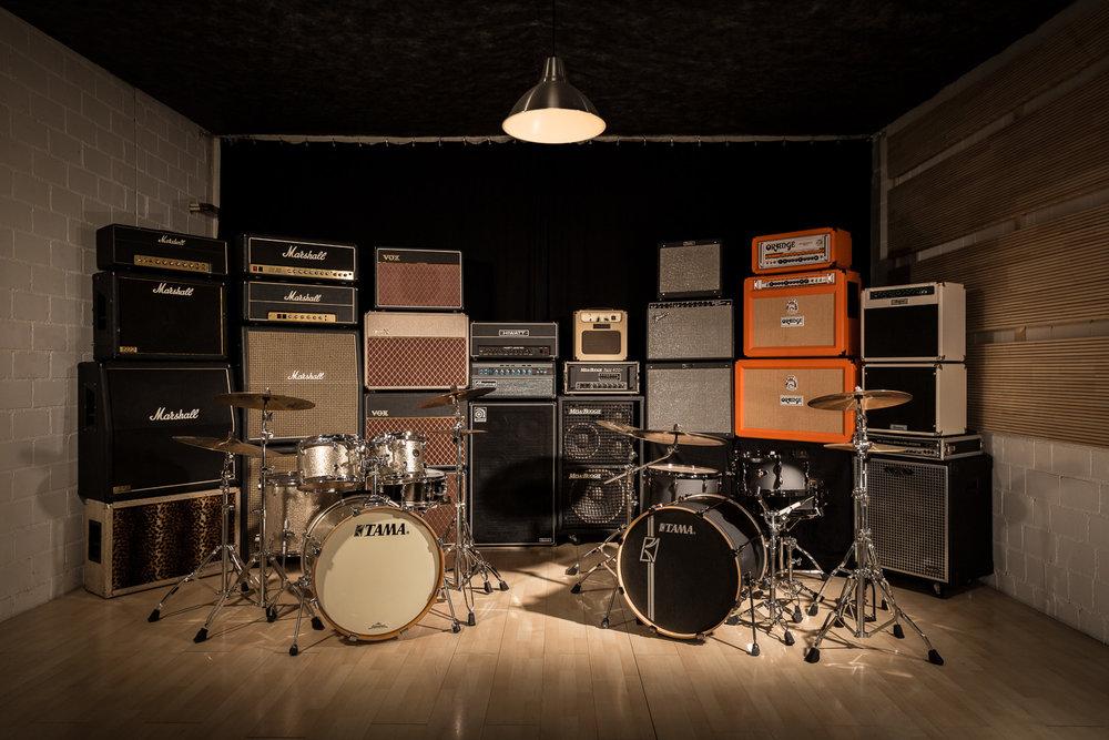 Black Pike Favorites «Drums»