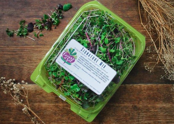 La garniture microgreens - From Our Home to Yours