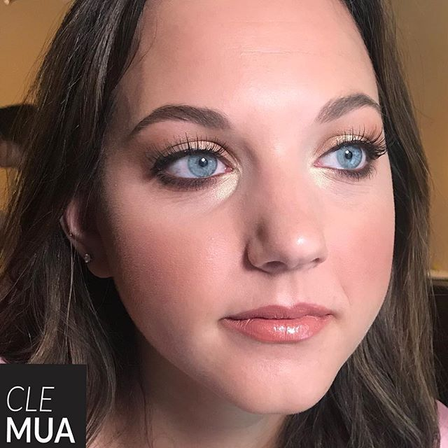 Colors to bring out her gorgeous blue eyes! #Clevelandmakeupartist #makeupartistcleveland #clevelandbride #clevelandweddings #weddingscleveland #maccosmetics #clevelandmakeup #clevelandmua #clevelandmakeupartistry #bridalmakeup #clevelandmakeup #clemua #clemakeup #clevelandbridalmakeup #clemakeupartist #cleveland #clebride #clevelandstylist #clevelandphotography #clevelandfashion #ohiomakeupartist #clevelandboudoir #ohioboudoir #boudoir #clevelandmodel #columbusmakeupartist #editorialmakeup #patmcgrath #thisiscle
