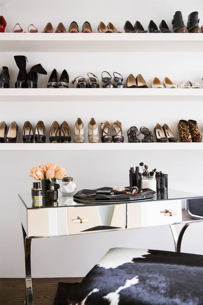 dressing-room-vanity&shoeshelves