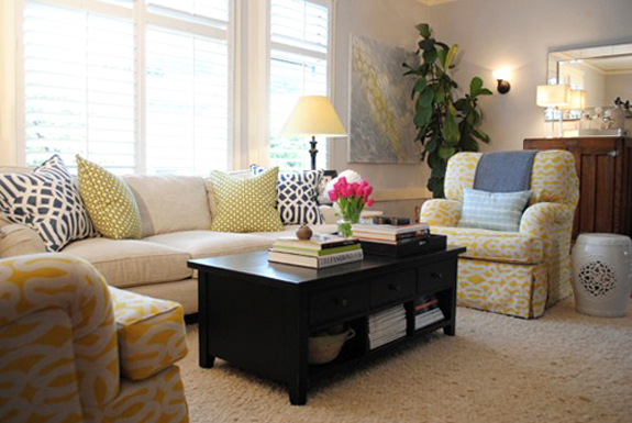 fresh living room // Design Spotlight: Nest Design Co. // Arianna Belle Blog