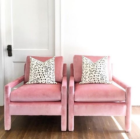 Obsessed with @scoutstudiosokc's pink velvet chairs 😍 // #AriannaBellepillows shown: Les Touches Black in size 17x17
