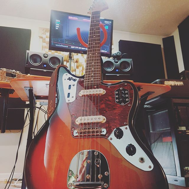 #squire #fender #life #🤘🏾#jaguar #precision #bass #nechione #recording #guitar