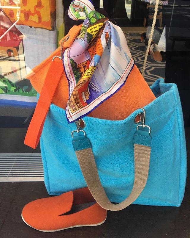 Beach bag ready ! @peterelliot