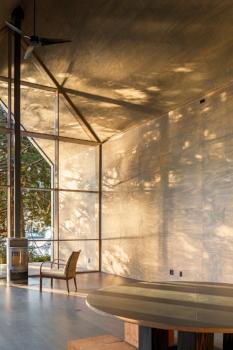 By Suyama Peterson Deguchi Architects, 2015