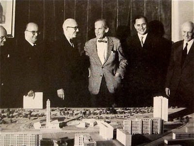 Le Corbusier with Walter Gropius and crew